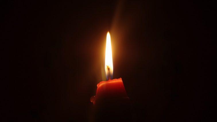 «С великой скорбью и тяжелым сердцем»: Умер легендарный певец