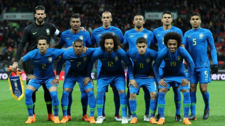 «На столе минералка и Vodka»: «Яркий отдых» бразильских футболистов перед тренировкой(ВИДЕО)