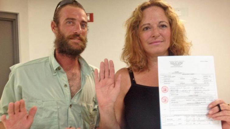 Любовную связь скрывали 12 лет: Сестра вышла замуж за родного брата