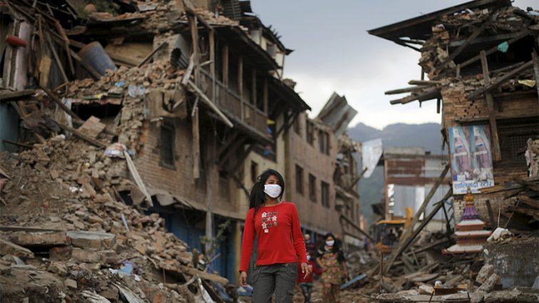 В Японии мощное землетрясение: есть погибшие и более 200 раненых