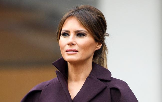 Нелепая надпись на куртке Мелании Трамп подпортила ей репутацию: узнайте подробности