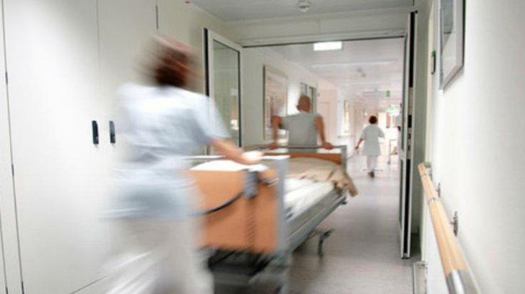 Женщина умерла прямо на пороге больницы: узнайте подробности