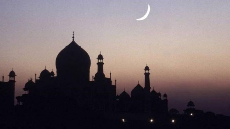 По Европе закрывают мечети, а все из за детской игры