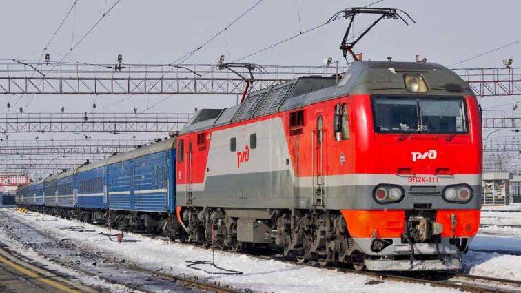 «Тела обнаружили в 07:30»: поезд сбил насмерть несколько человек