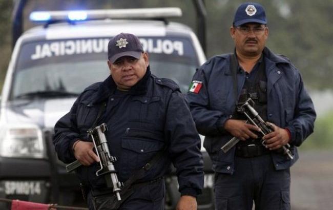 Подъехали к пропускному пункту и открыли огонь: Неизвестные застрелили 6 полицейских