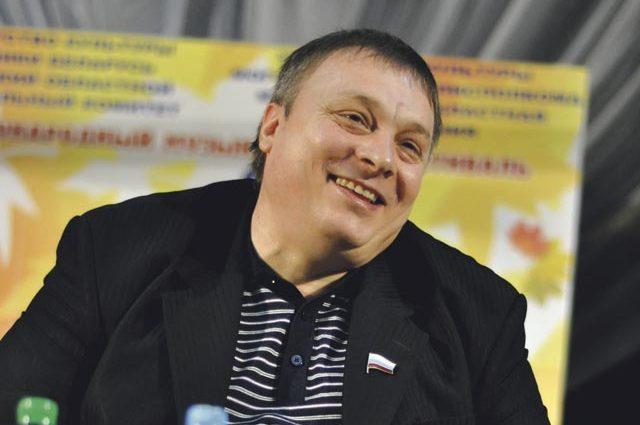 Разин призвал молиться за известную украинскую певицу, впавшую в кому после инсульта