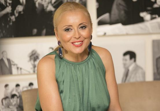 «Всю жизнь как на фото»: АнжеликаВарумвосхитила трогательным фото на руках Леонида Агутина