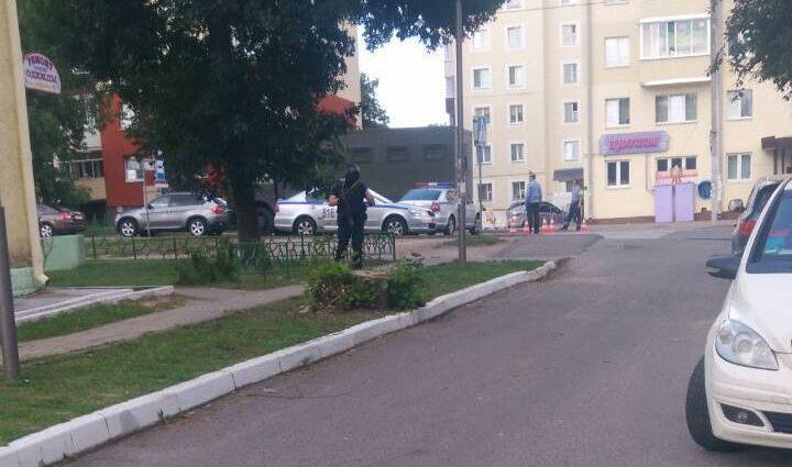 Срочно! Нападение на банк в Белоруссии: злоумышленник взял в заложники людей