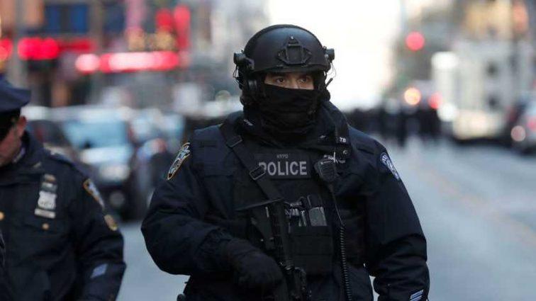 Массовые протесты и аресты во Франции. Чего требуют активисты?