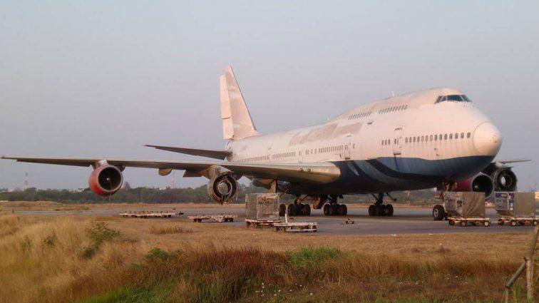 Проблемы с двигателем: В Южной Африке разбился пассажирский самолет