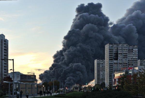 Кемерово: В России задержали начальника отряда спасателей в пожаре «Зимней вишне»