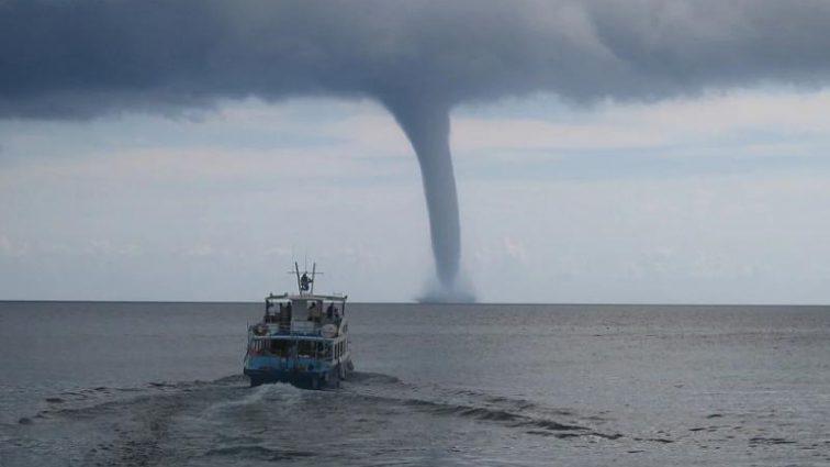 Стихийное бедствие в России: ливень превратил Краснодарвский край в «море»