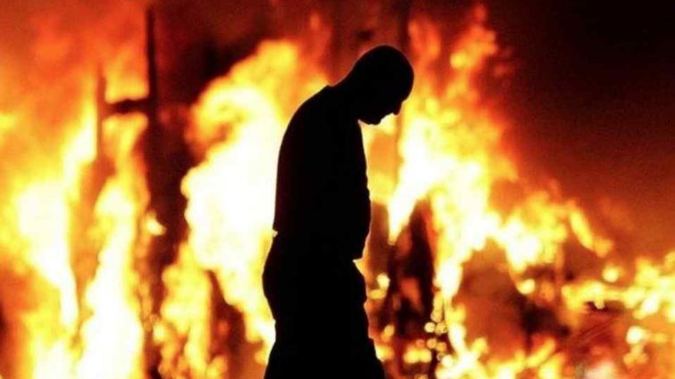 В России подожгли дом экс-депутата и известного бизнесмена