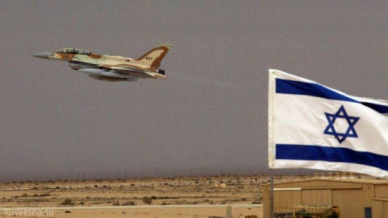Израиль с приминением военной авиации и танков атаковал сектор Газа