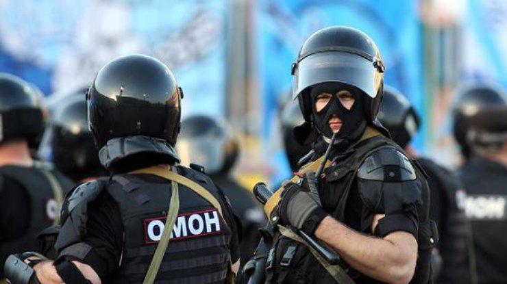 В Москве неизвестный захватил заложников, узнайте подробности