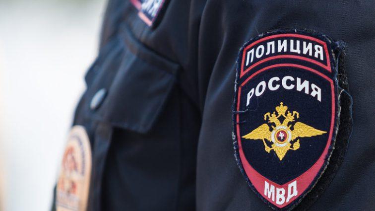 Неизвестные взяли детей взаложники вквартире в Москве — СМИ