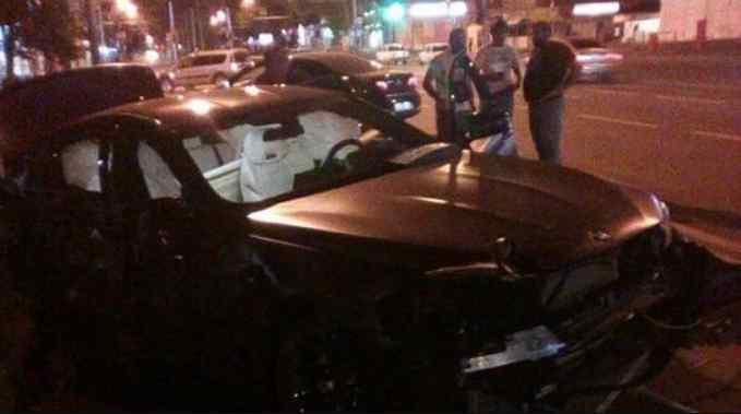 «Признали виновной»: Известная российская телеведущая попала в аварию
