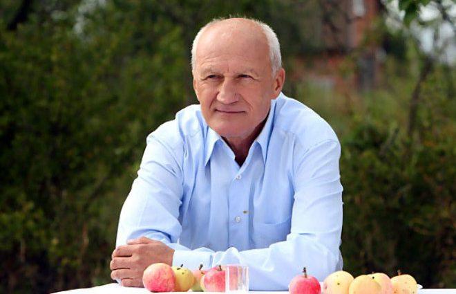 «4 года счастья»: Юрий Беляев женился на известной актрисе после съемок