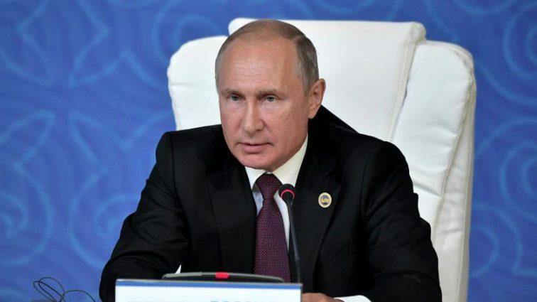 «На одном из виноградников земли Штирия»: В графике Путина неожиданная свадьба