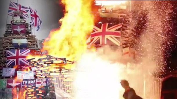 Сотни сожженных флагов Великобритании в Северной Ирландии