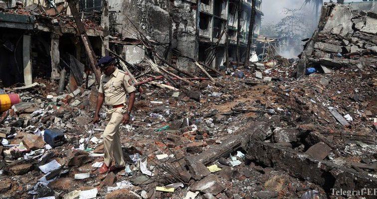 Мощный взрыв в Индии, более 20 пострадавших