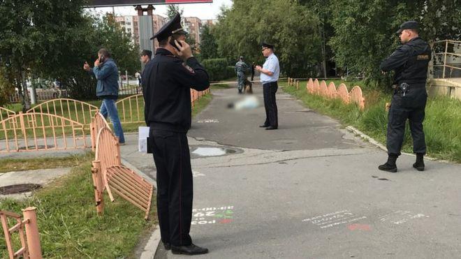 Под Москвой неадекватный водитель мусоровоза напал на женщину с ребенком: узнайте подробности