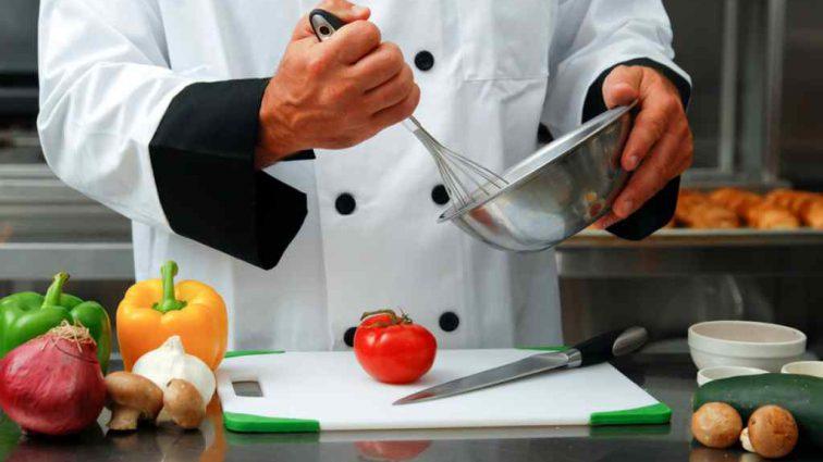 Во Франции ушел из жизни самый титулованный шеф-повар