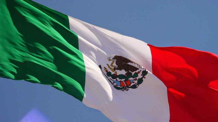В Мексике пятеро полицейских пострадало в перестрелке