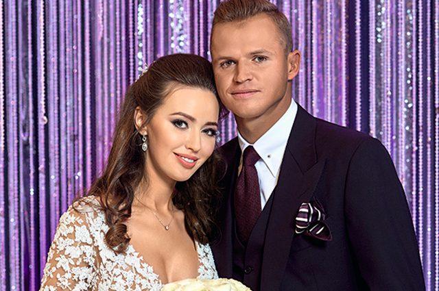 «Попала в самое сердце»: Костенко поделилась трогательными фото с Тарасовым, бывшим мужем Бузовой
