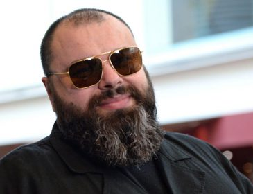 «Да, с пышными формами!»: Похудевший Фадеев спутался с молодой брюнеткой