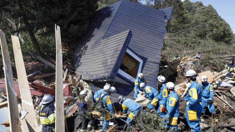 «Это показалось вечностью»: землетрясение в Японии стало сильнейшим за 20 лет