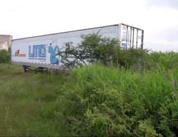 В Мексике обнаружили обнаружили грузовик с холодильным прицепом и 157 трупами в нем