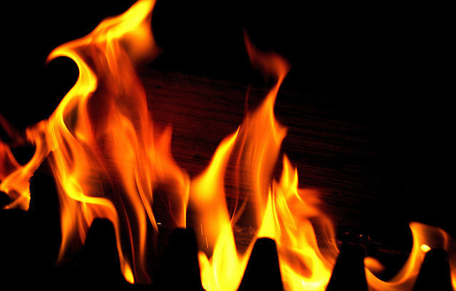 Поджёг кроватку во время игры! В Магаданской области погиб мальчик