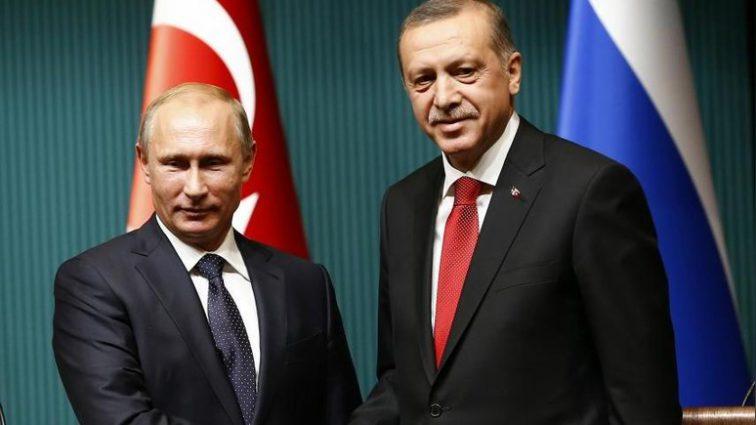 Эрдоган договорился с Путиным продолжить общение дальше