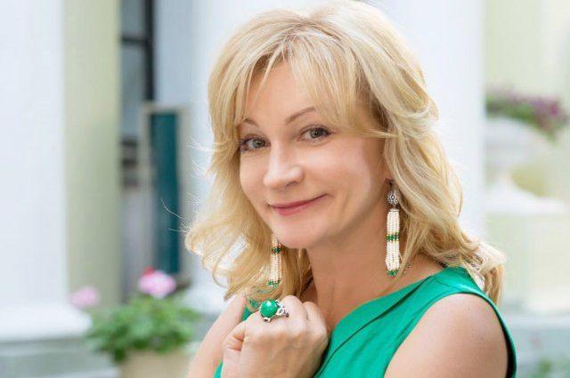 «Три грации в начале осени»: Звезда «Склифосовского» Анна Якунина показала своих повзрослевших дочерей-красавиц