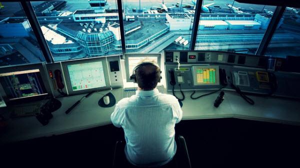 Индонезийский авиадиспетчер погиб, не захотев покидать рабочего места во время землетрясения