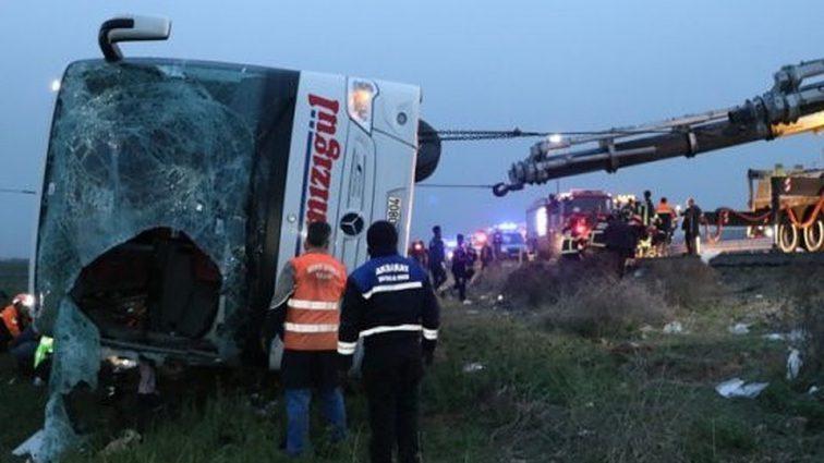 Страшная трагедия: в Турции произошло ДТП с участием пассажирского автобуса, шесть человек погибло