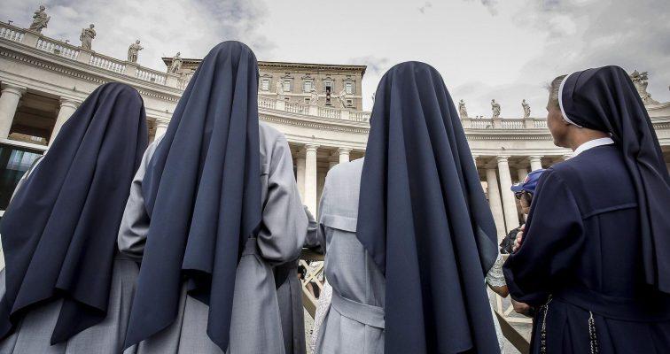 Подались во все тяжкие: В США две монахини «слили» в казино украденные 500 000 долларов