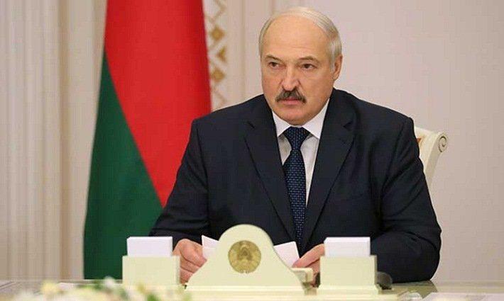 Президент Беларуси Александр Лукашенко объявил ультиматум Владимиру Путину и заявил об «атаке»