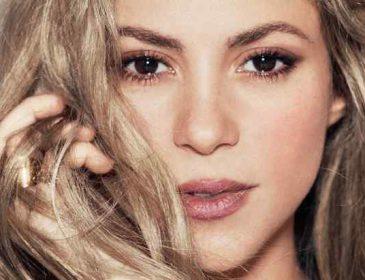 Шакира опровергла слухи о проблемах в браке трогательным фото семьи