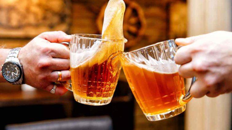 По одной каждый час: Врачи спасли мужчине жизнь с помощью 15 банок пива
