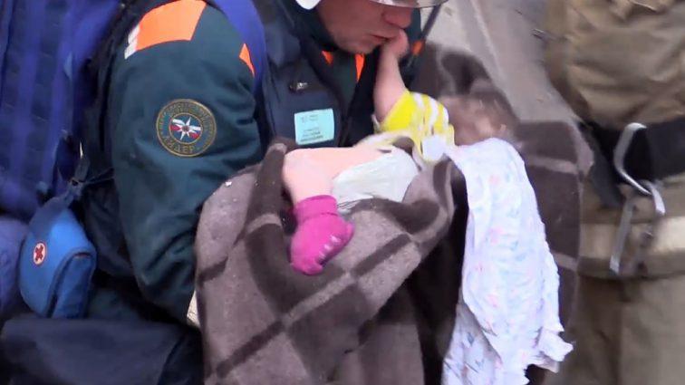 Чудесное спасение малыша в Магнитогорске. Стало известно о его состоянии