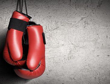Без отца остались двое детей: Известного боксера в его же доме застрелил 12-летний школьник
