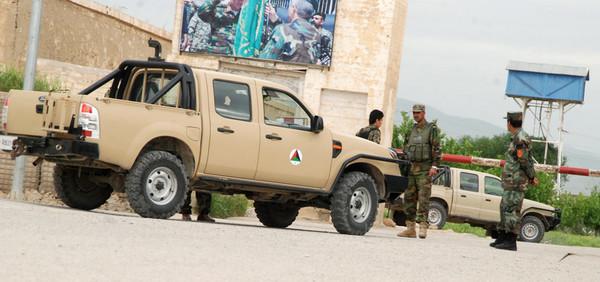 В Афганистане боевики атаковали военную базу: минимум 12 погибших