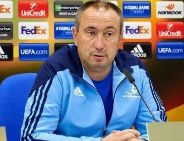 Сборная Казахстана по футболу осталась без тренера