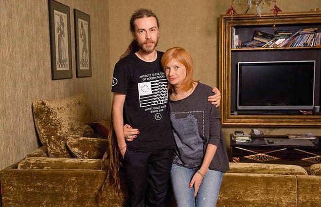 Как-то жаловался, что болит рука и нога: Мать Децла назвала причину смерти своего сына