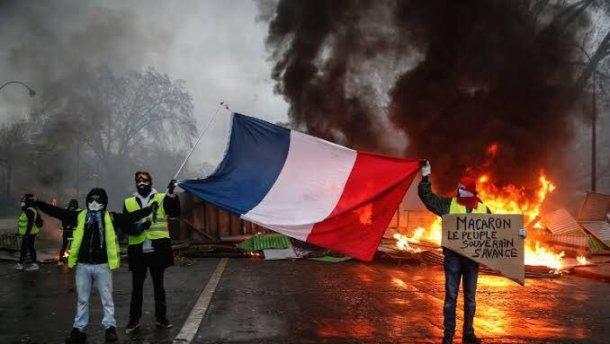 15-я суббота митингов во Франции: «желтые жилеты» начали новые демонстрации