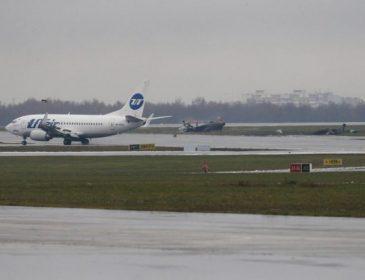 «Не согласовали высоту»: В небе над российским аэропортом частный самолет подрезал пассажирский Боинг