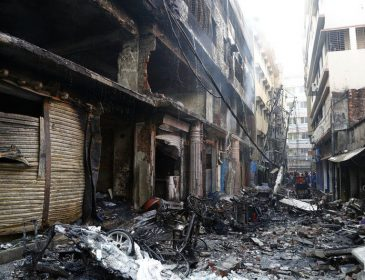 Горели заживо: количество жертв во время пожара в Бангладеше растет