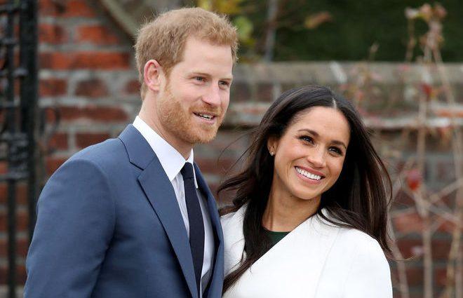 Принц Гарри и Меган Маркл собираются переехать из Кенсингтонского дворца: все-таки королева довела?